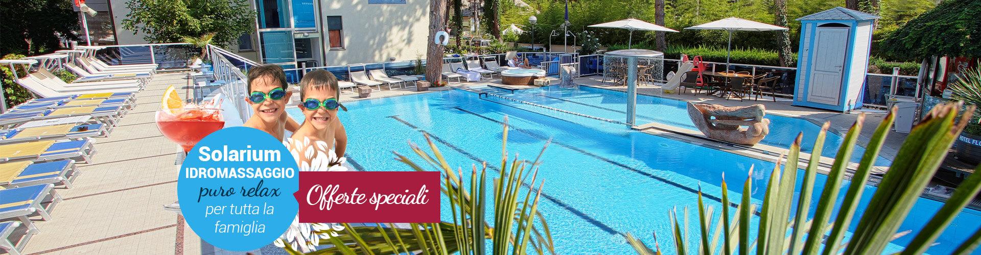Hotel con piscina a milano marittima hotel flora for Piscina rialzata