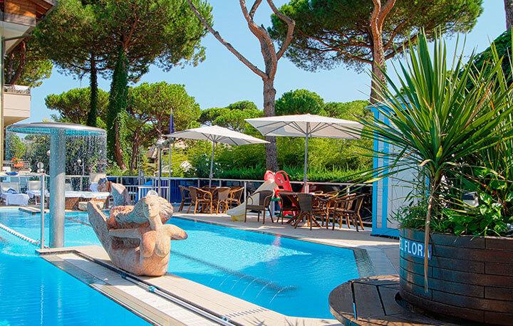 Hotel con piscina a milano marittima hotel flora - Hotel con piscina milano ...