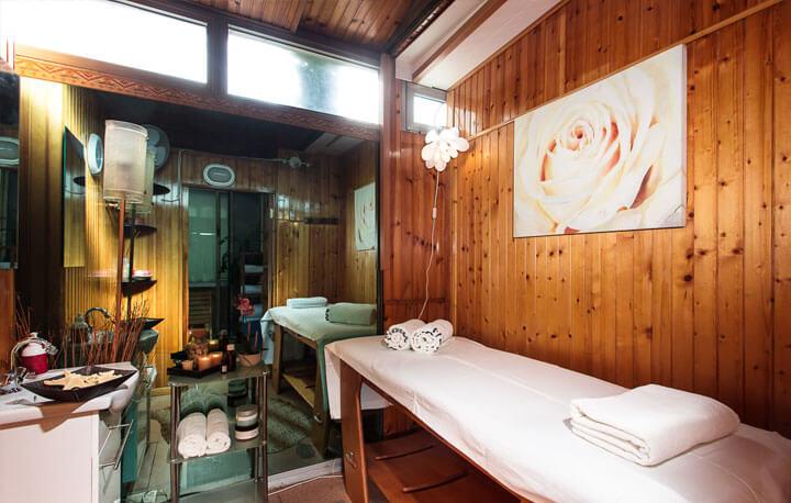 Spa hotel in Milano Marittima  Hotel Flora # Sun Shower Spa_161739